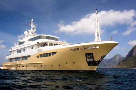 jade 959 superyacht motor yacht ocean alliance charter hire europe cruise mediterranean international asia indian ocean