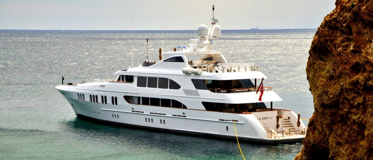 LA DEA II superyacht charter fiji australia south pacific