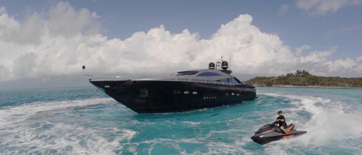 MURCIELAGO sunseeker 100 charter superyacht australia sydney harbour new year's eve ocean alliance