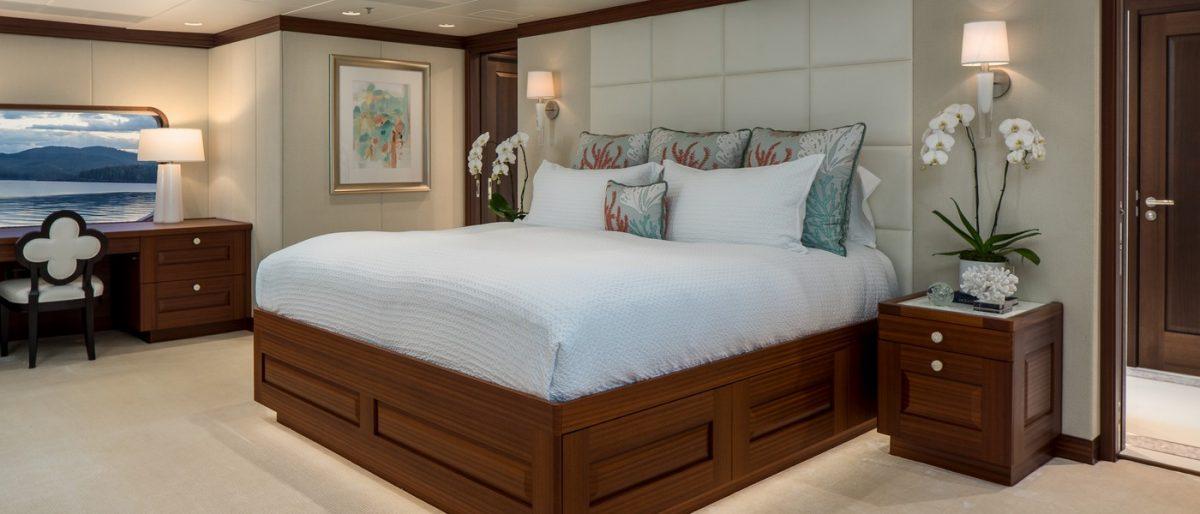 ENDLESS SUMMER, superyacht,charter, yachtcharter, Fiji, New Zealand, travel, luxury, master cabin