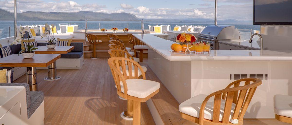ENDLESS SUMMER, superyacht,charter, yachtcharter, Fiji, New Zealand, travel, luxury, sun deck