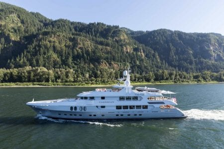 Chasseur suoeryacht yacht charter hire ocean alliance