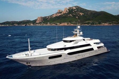 MY SEANNA suoeryacht yacht charter hire ocean alliance