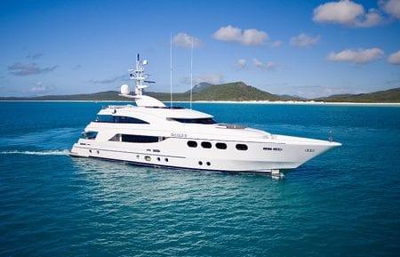 de lisle iii Australia Gold Coast Brisbane Whitsundays South Pacific Fiji superyacht motor yacht charter hire ocean alliance experience international local design private cruise